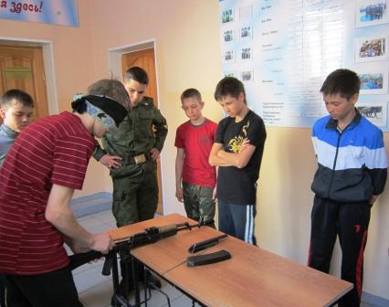 Занятия в кадетской школе № 1 им. Ф.Ф. Ушакова