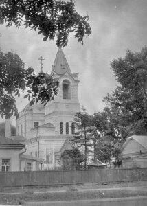 staryiy-pokrovskiy-hram-foto-storoy-polovinyi-xx-v