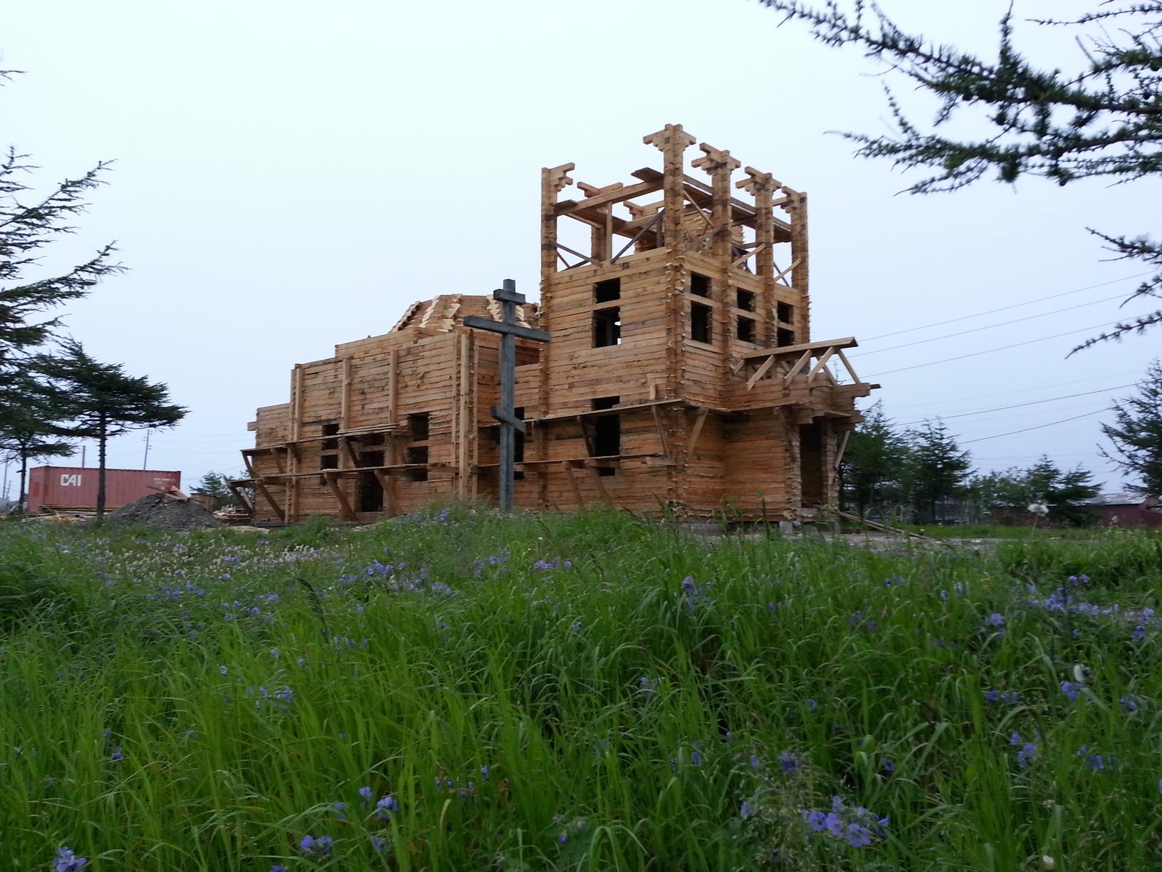 храм в Охотске