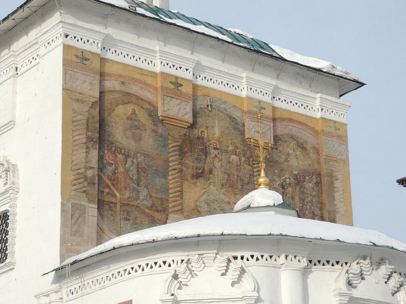 Храм Христа Спасителя  или Спасская церковь ( первое упоминание от 1672 года) с уникальной настенной росписью.