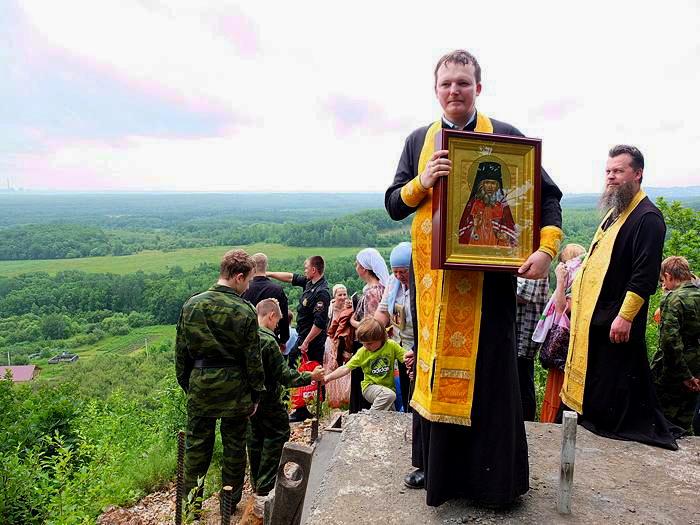 Крестный ход, посвященный св. Иоанну Шанхайскому