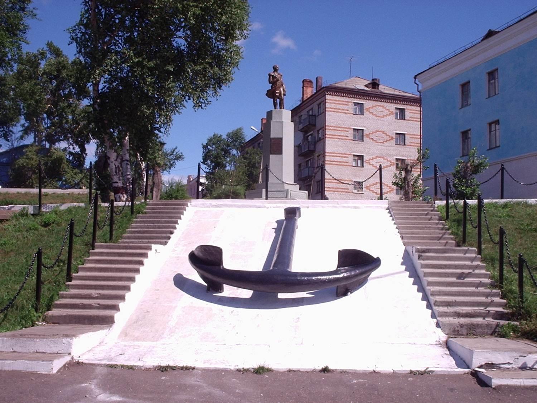 Заказать памятник Николаевск-на-Амуре купить памятник на кладбище Сарапул