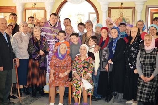 Churchgoers11